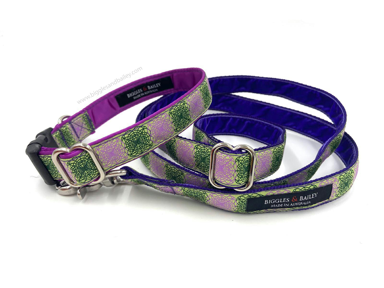 lilac collar and lead set